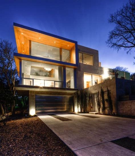 Local designer great overhang Modern residential