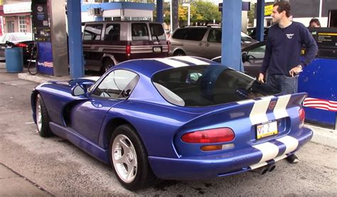 How Much Horsepower Does A Dodge Viper by Here S What Of Gas Mileage You Actually Get In A