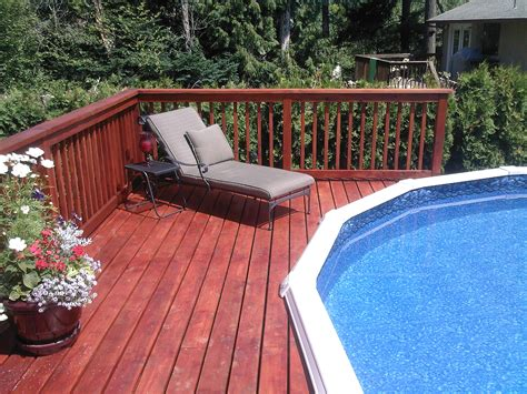 Intex Pool On Deck