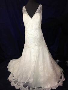 Wedding dresses goodwill junoir bridesmaid dresses for Goodwill wedding dresses