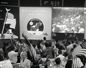 NASA's Apollo Mission control room set to be restored ...