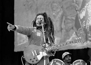 The 10 Best Political Protest Songs of the 70s | Spinditty