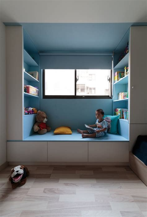 Pivoting TV Turns Playful Apartment into Entertainment Area