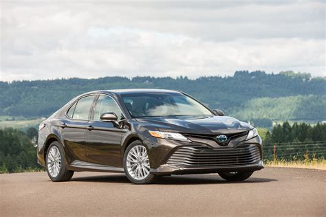 Toyota Camry Hybrid Xle by 2018 Toyota Camry Xle Hybrid Forget What You Think You