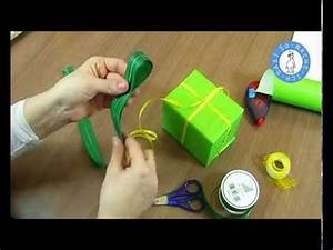 Geschenk Schleife Binden : geschenke einpacken mit schleife schleife selber binden geschenkschleife youtube ~ Orissabook.com Haus und Dekorationen