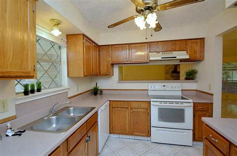 kitchen ceiling fans some considerations when buying a ceiling fan for the