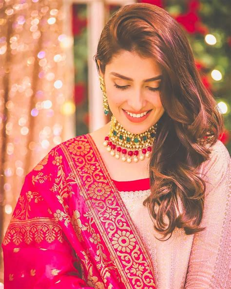 Beautiful Latest Pictures of Ayeza Khan   Pakistani Drama ...