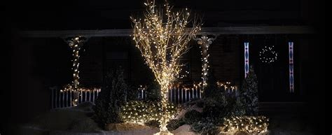 How To Wrap A Tree With Christmas Lights Design Kitchen Cabinet Unit Designs Pictures Outdoor Kitchens And Patios Designer Toronto Modernist Glass For Cabinets Latest Layout Software