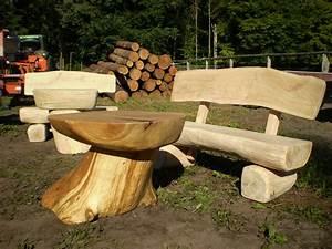 Bank Aus Holzstamm : rustikale gartenm bel aus massivem eichenholz lewitz holz ~ Markanthonyermac.com Haus und Dekorationen
