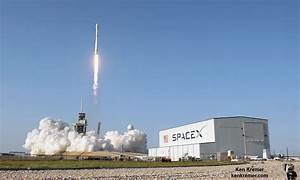 SpaceX Accomplishes American 'Science Triumph' with 'Mind ...