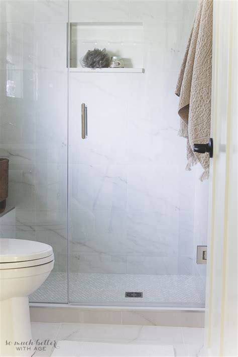 Badezimmer Fliesen Marmoroptik by Faux Carrara Marble Master Ensuite So Much Better With Age