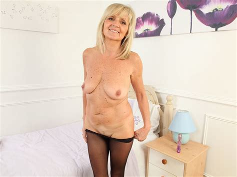 English Milf Dolly Gets Naughty In Tights Free Hd Porn 54