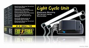 Exo Terra   Light Cycle Unit    Electronic Dimming Terrarium Lamp Controller