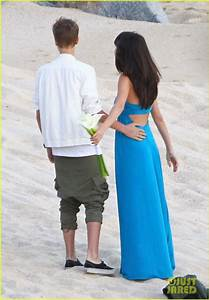 Selena Gomez & Justin Bieber: Friend's Wedding in Mexico ...