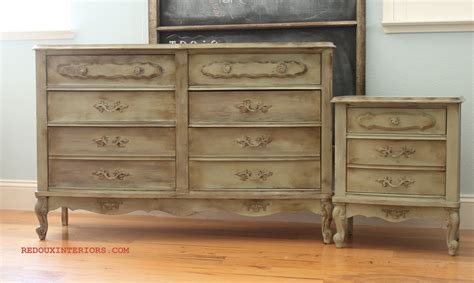 Dressers And Nightstands by Mixing Cece Caldwell S Paints For A Looking Dresser