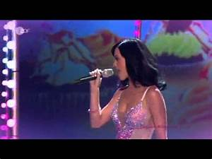 Katy Perry - Teenage Dream (live @ Wetten dass 2010) - YouTube