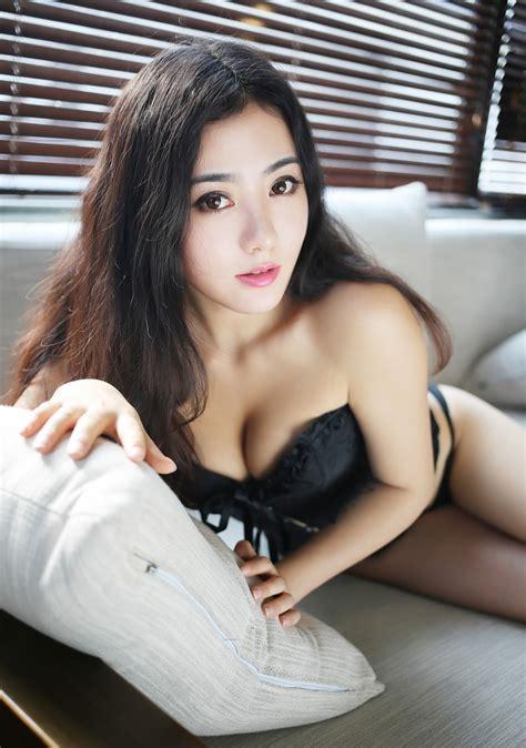 Cerita Dewasa Terpaksa Melayani Sex Threesome ~ Kitty Girls 69