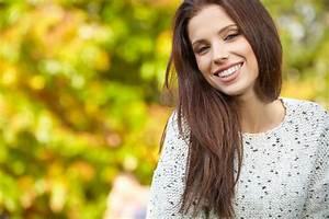 Welche Haarfarbe Passt Zu Blauen Augen : welche farben zu blasser haut und braunen haaren ostseesuche com ~ Frokenaadalensverden.com Haus und Dekorationen