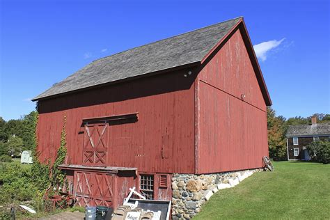 Us Barns by Barn
