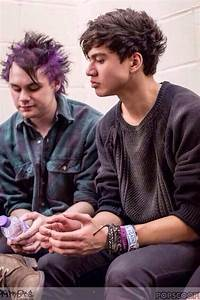 Michael and Calum - 5 Seconds of Summer Photo (36916744 ...