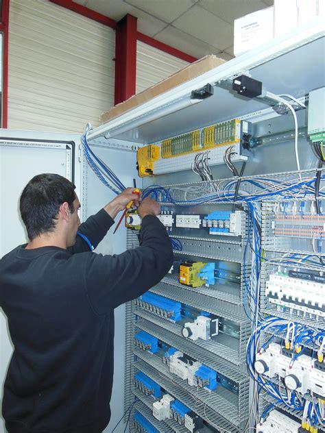 bureau de controle electrique câblage d 39 armoires jacquard electromécanique