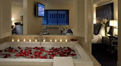 romantic  york city hotel deals candles flowers