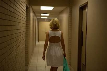 Sender Return Rosamund Pike Gone Trailer Film