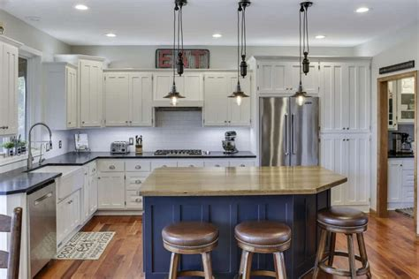 should your kitchen island match your cabinets how to style your kitchen matching your countertops
