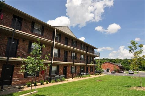 South Creekside Apartments