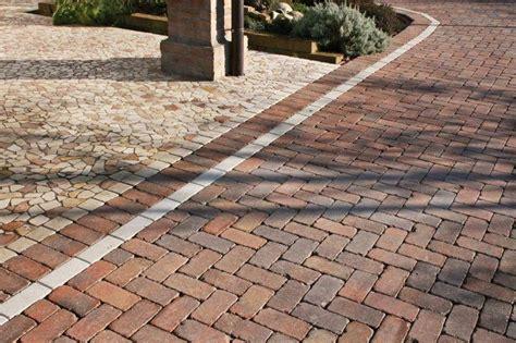 pavimenti per esterni autobloccanti prezzi prezzo pavimentazione per esterno masselli autobloccanti