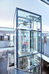 Pārvietošanās augšup ar liftu kļūst inovatīvāka : building ...
