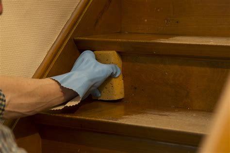 comment tapisser une montee d escalier je trap schilderen voor een snelle traprenovatie colora be