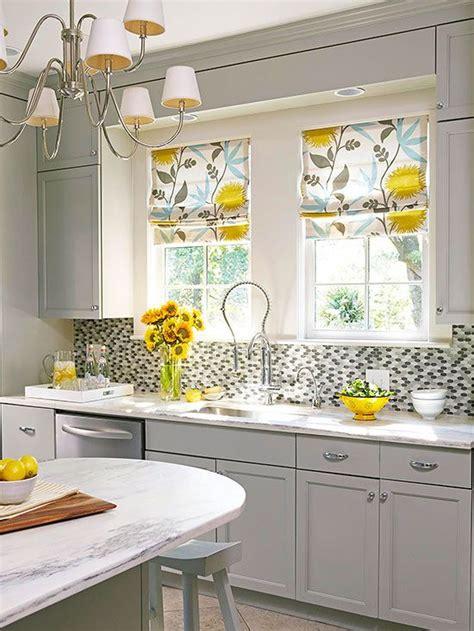 Kitchen Curtain Ideas Pictures by Best 25 Kitchen Window Treatments Ideas On