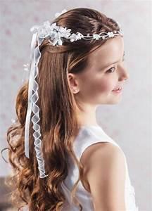 Kommunion Frisuren 2017 : coiffure communion 60 id es g niales pour les petites demoiselles ~ Frokenaadalensverden.com Haus und Dekorationen