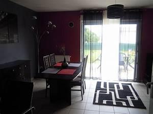 deco salle a manger gris et rouge exemples d39amenagements With salle a manger gris et rouge