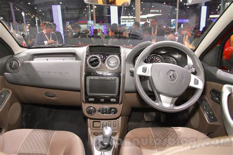 renault duster 2016 interior 2016 renault duster facelift auto expo 2016 live