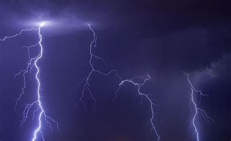 lightning safety tips for hikers the hiking life