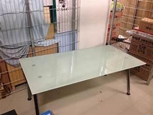 Ikea Schreibtisch Glas : ikea schreibtisch glas in frankfurt ikea m bel kaufen und verkaufen ber private kleinanzeigen ~ Watch28wear.com Haus und Dekorationen