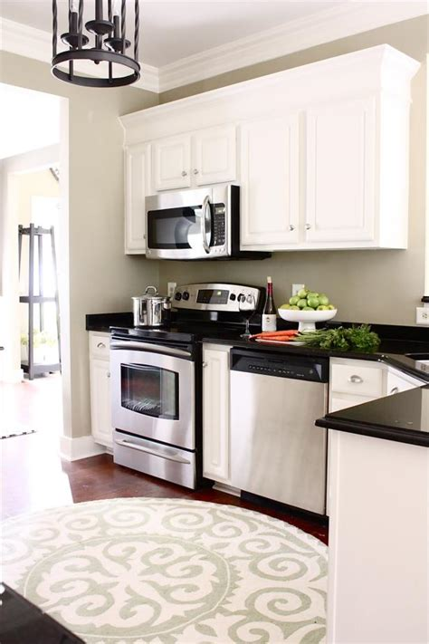 white kitchen cabinets with crown molding photo page hgtv 2071