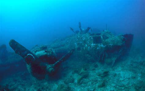 Boat Crash Corsica by Klik Magazine 174 171 εναλλακτικό νομπέλ 187 σε 53 000 ανθρώπους
