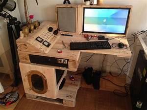 Schreibtisch Selbst Bauen : gaming schreibtisch selber bauen afdecker von gaming ~ A.2002-acura-tl-radio.info Haus und Dekorationen
