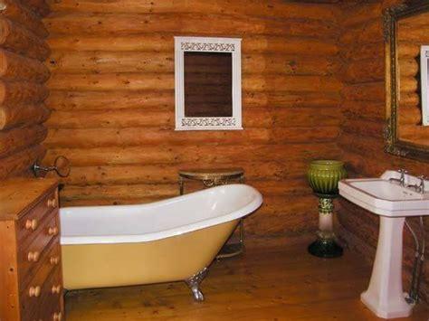 Woodpecker Lodge Bathroom