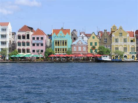 Cruise Routes And Destinations In The Caribbean Islands
