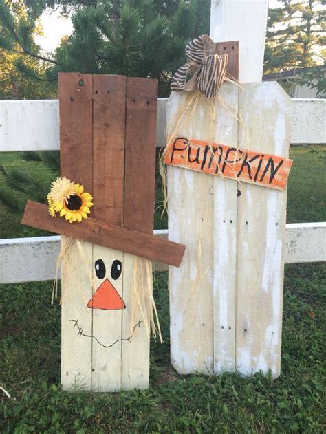 pallet scarecrow  pumpkins  hubby
