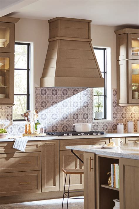 thomasville specialty products tapered shiplap hood