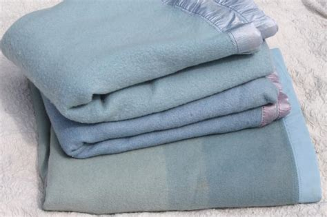 Lot Vintage Wool Bed Blankets In Shades Of Blue, Warm All Wool Blankets For Winter Minky Blanket With Satin Ruffle Tutorial Sunbeam Electric Blinking Control Flashing Red Baby Knitting Patterns Bernat Battery Powered Target Heated F Easy Crochet Bulky Yarn Pattern For Swaddle Velcro