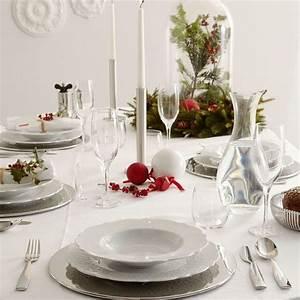 Une Dcoration De Table De Nol Pure Table De Nol