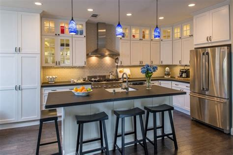 the cottage bar and kitchen cottage kitchen with hardwood floors farmhouse sink 8450
