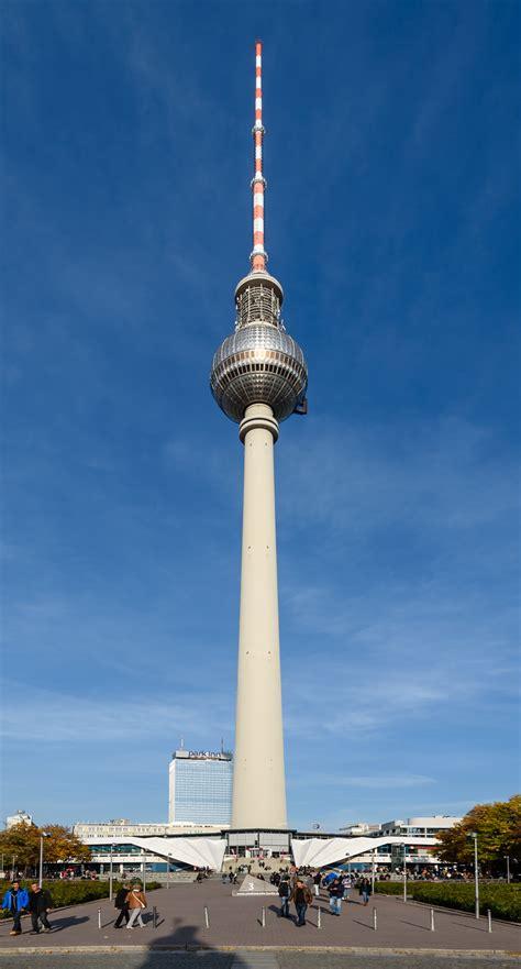 Fernsehturm Berlin by File Fernsehturm Berlin 2015 Jpg Wikimedia Commons