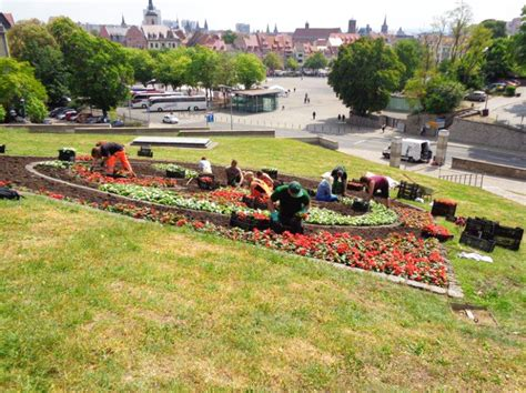 Landschaftsgärtner  Eine Ausbildung Mit Tradition Und